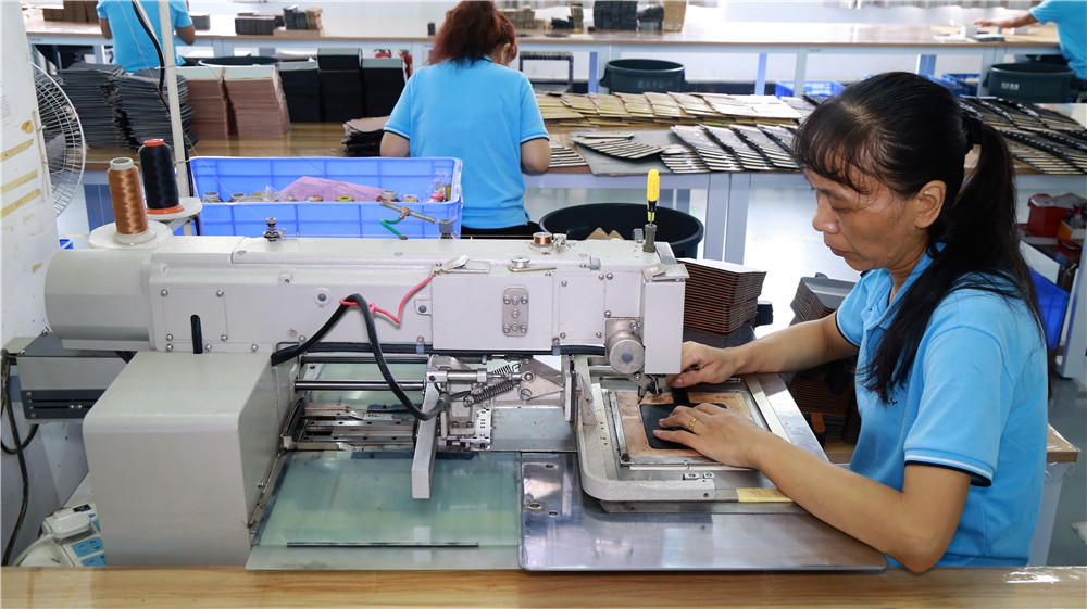 Computer-controlled sewing machine